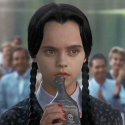 File:Wednesday-addams.png