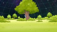 S8E02.047 The Duo Hiding Behind a Tree