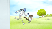S6E27.094 Mordecai and Rigby in the Park