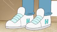 S8E04.007 Hover Boots