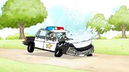 S4E17.069 A Bathtub Landing on the Police's Vehicle