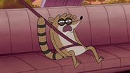 S5E01.111 Rigby Waking Up