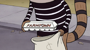 S3E04.214 Farmtown Eggs