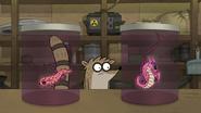 S8E08.014 Weird Creatures in a Jar