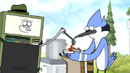 S7E19.082 Gene Giving Mordecai and Rigby His Chili
