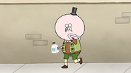S7E17.203 Pops Removing His Scabby Grossman Costume 01