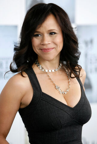 File:Rosie-perez-the-view-101.jpg