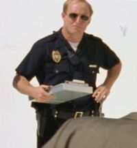 3x01-officer-pool