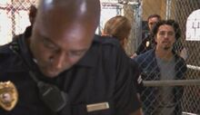 2x12-julien-tomas-jail