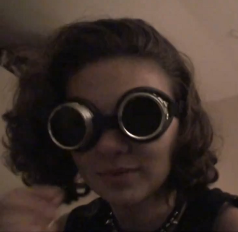 File:Katmainpic.goggles.png
