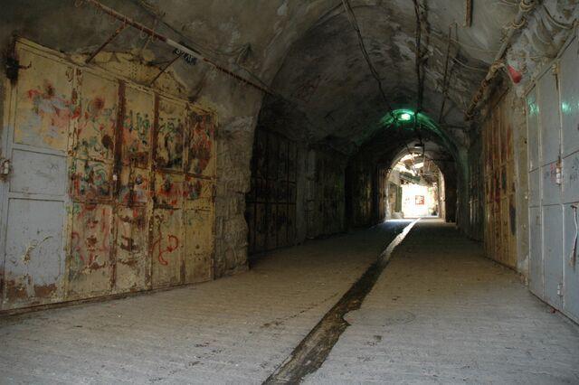 File:Tunnel Of Love.jpg
