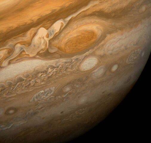 File:633px-Great Red Spot From Voyager 1.jpg