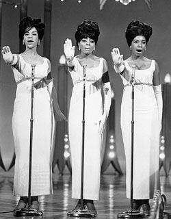 File:Supremes1965hollywood.jpg
