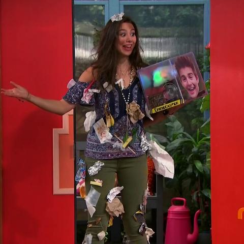 Phoebe found Max's Crimecaster
