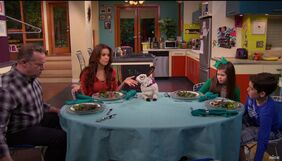 Thundermans Eat Colosso's Terrible Food