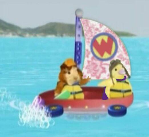 File:Bubble-Boat.jpg