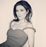 Victoria Nicole Newman played by Amelia Heinle