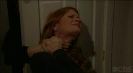 Sara tries to kill phyllis
