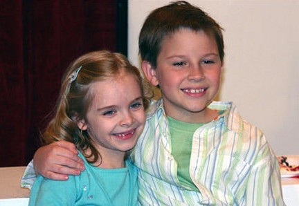 File:Noah and abby.jpg
