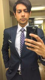 Abhi Ravi suit 04-06