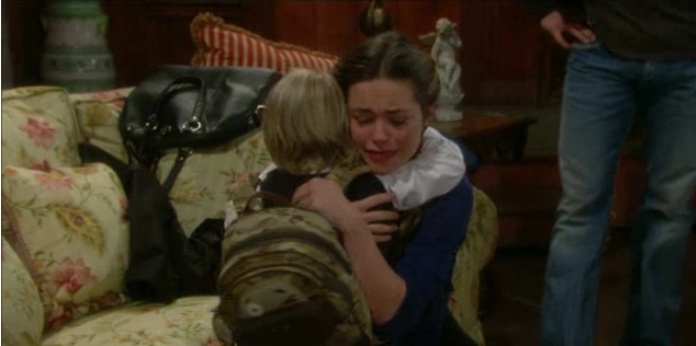 File:Reed and Victoria say goodbye.png