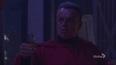Ian wants to toast