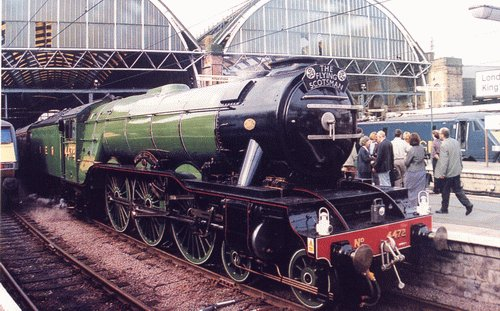 File:Gordon-flyingscotsman-kingscross.jpg