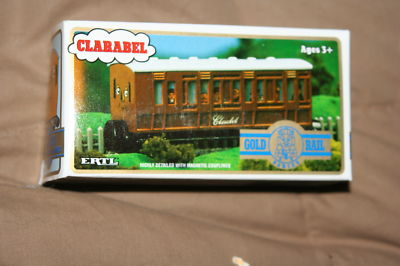 File:Gold Rail Clarabel.JPG