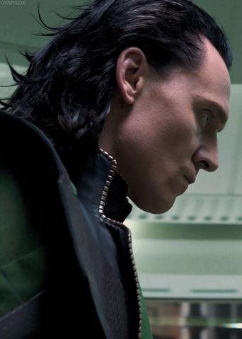 File:Loki-loki-thor-2011-32724654-500-700.png