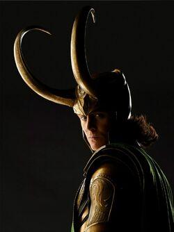 Tom-Hiddleston-Loki-loki-thor-2011-33839441-766-1024