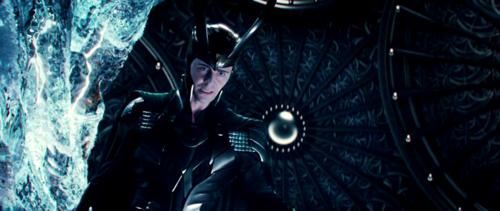 File:Loki-loki-thor-2011-24996768-500-211.png
