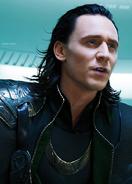 Loki-loki-thor-2011-32996702-500-698