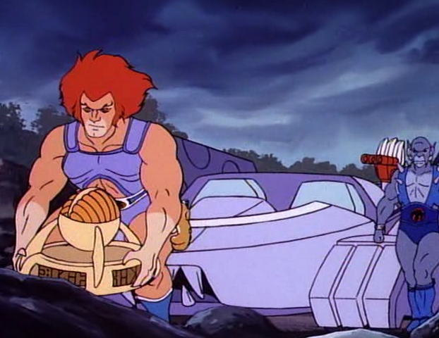 File:Objects - Mega-Condenser - Lion-O Picking Up.png