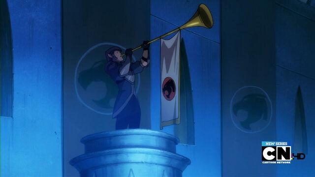 File:Thundera horn flag.jpg