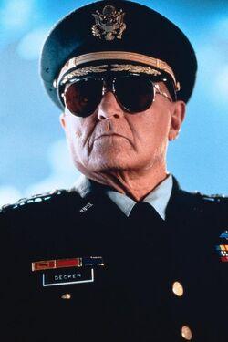 GeneralDecker