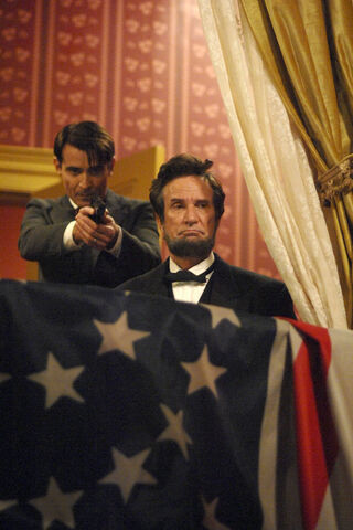 File:Flyn killing Lincoln.jpg