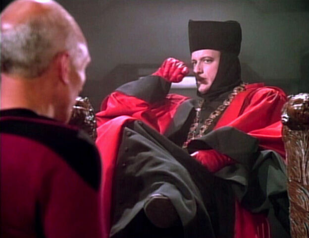 File:TNG1.01EncounteratFarpoint.jpg