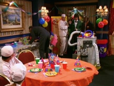 File:That's So Suite Life of Hannah Montana (Screenshot 8).jpg