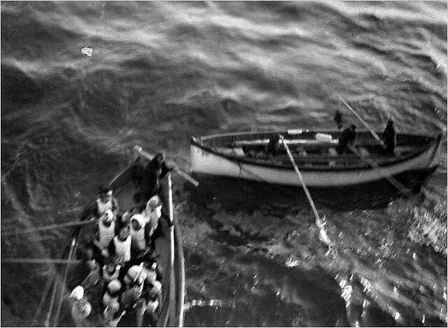 File:Titanic lifeboat 8.jpg