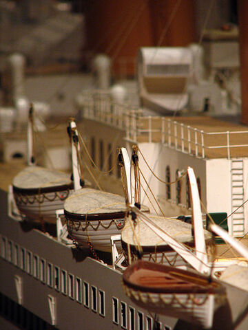 File:Titanic model lifeboats.jpg
