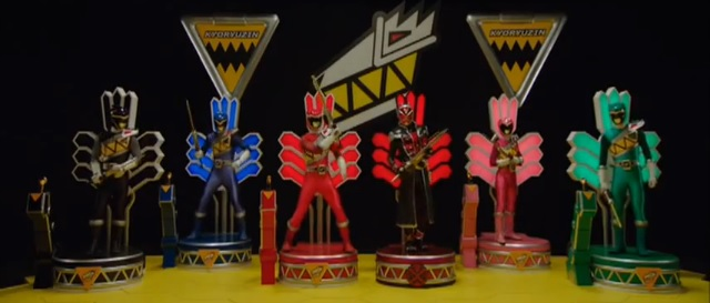 File:SHTZ - Wizard & Kyoryugers.jpg