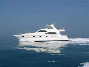 File:Yacht.png