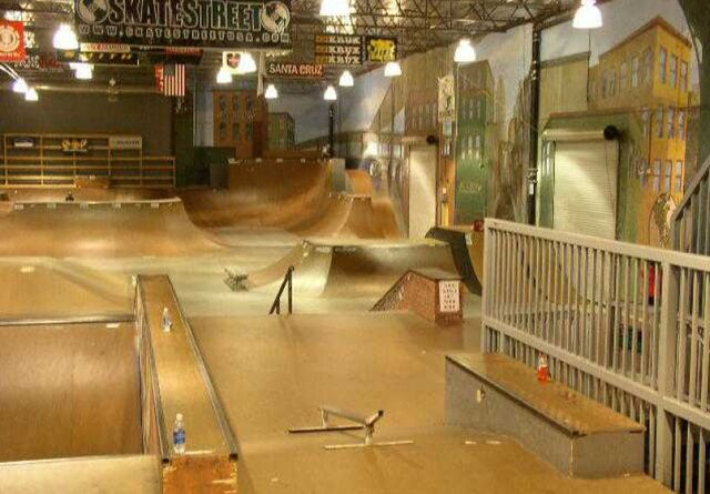 File:Skate-street-ventura.jpg