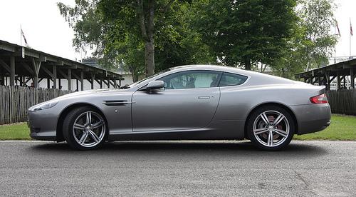 File:Aston Martin DB9.jpg