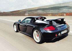 Porsche-Carrera-GT