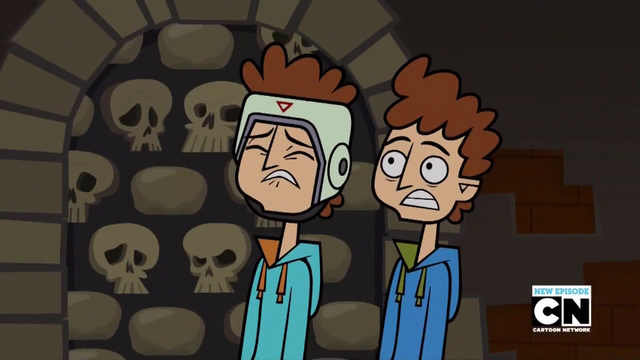 File:Twin's scared.png