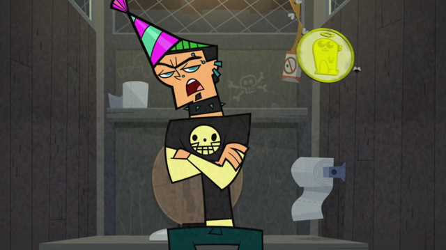 File:Duncan with a party hat.png