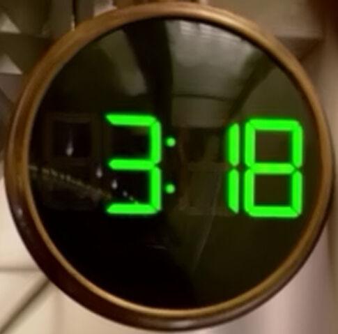 File:318 Pilot Clock.jpg