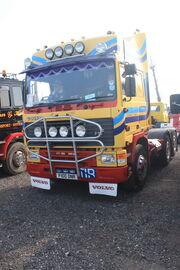 Volvo F10 reg F100 ONR 6x2 tractor unit at Donington 09 - IMG 6143small