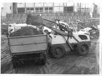 A 1970s BRAY 450TF AWD Loader